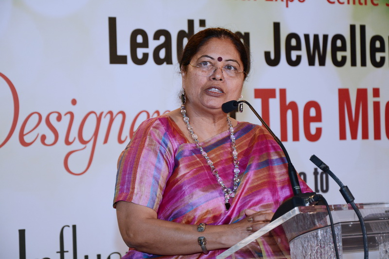 Nirupa Bhatt, Managing Director - India and Middle East speaking at the FORUM